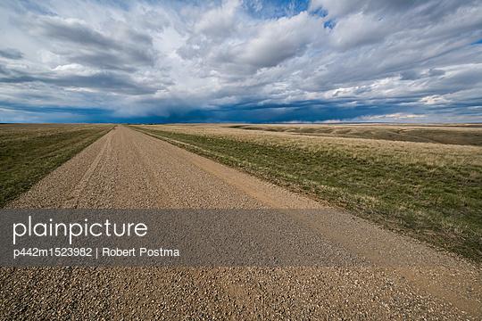 p442m1523982 von Robert Postma
