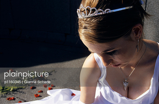 Sad bride - p1160345 by Gianna Schade