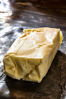 Butter - p936m939557 by Mike Hofstetter
