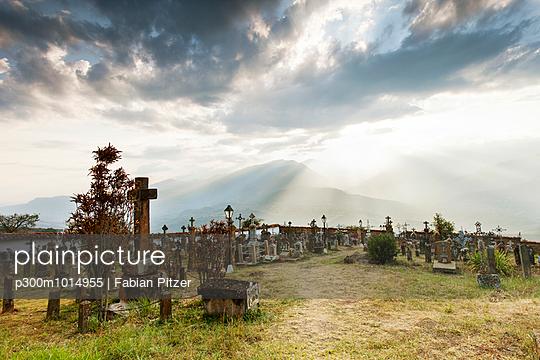 Colombia, Departamento de Boyaca, Guane, cemetery - p300m1014955 by Fabian Pitzer