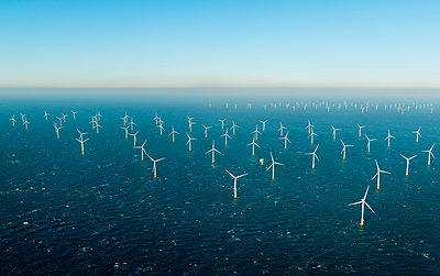 Offshore windfarm, Domburg, Zeeland, Netherlands - p429m1569374 by Mischa Keijser