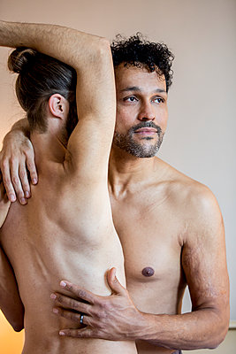 Gay  couple - p787m2115286 by Forster-Martin