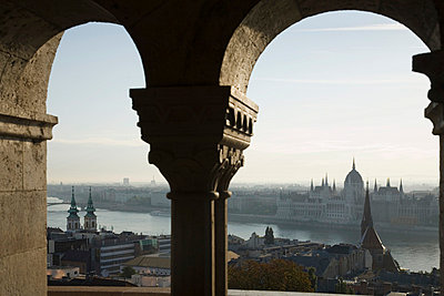 Budapest - p9249098f by Image Source