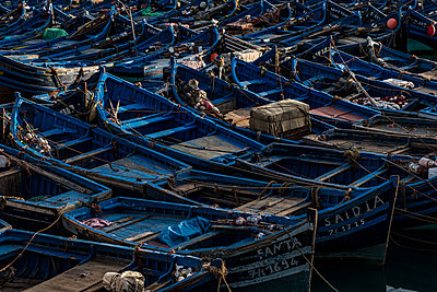 Fishing harbour of Essouira - p1243m1516479 by Archer