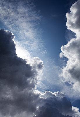 Himmel nach einem Gewitter - p177m1502552 von Kirsten Nijhof