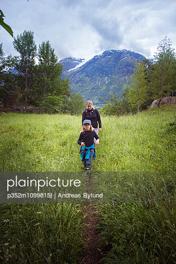 p352m1099815f von Andreas Bylund