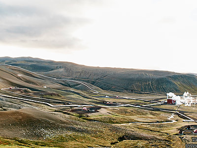 Landscape view with geothermal power station near Viti Crater, Krafla, Iceland - p429m1226823 by Gu