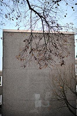 Block of flats - p949m902554 by Frauke Schumann