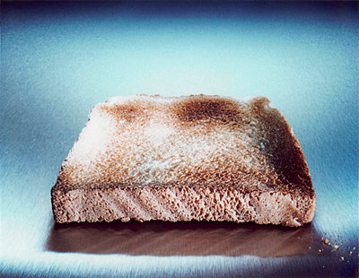 a slice of toast - p2681370 by Till Melchior