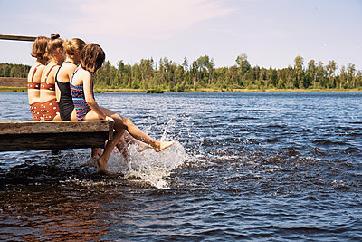 Cooling off at the lake - p294m2132912 by Paolo