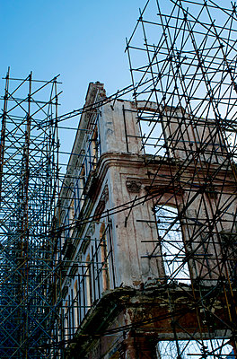 Building site - p451m1004139 by Anja Weber-Decker