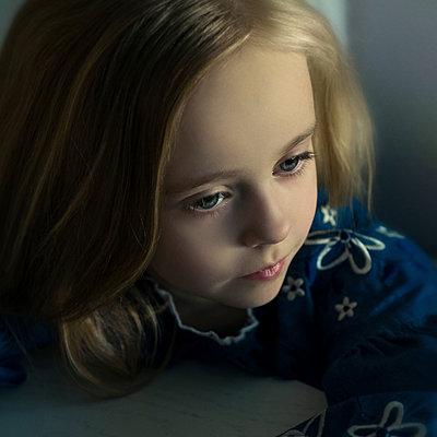 Portrait of girl in shadow - p1427m2085126 by Vladimir Serov