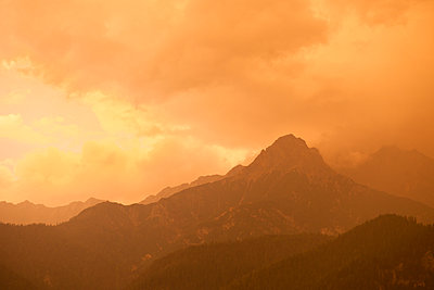 Sunset in the alps - p533m1451889 by Böhm Monika