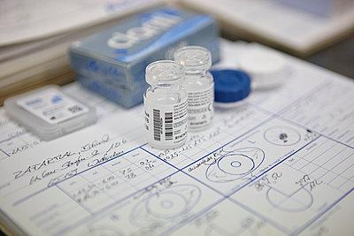 Kontaktlinsen - p708m1476048 von Nitrox21