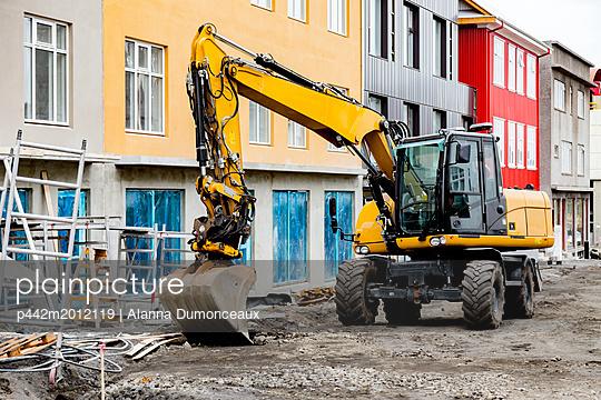 p442m2012119 von Alanna Dumonceaux