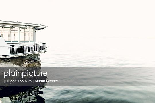 Café am See - p1088m1589723 von Martin Benner
