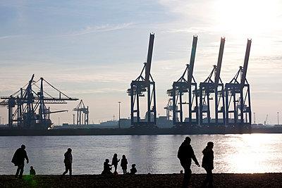 Spaziergang am Hafen - p4880529 von Bias