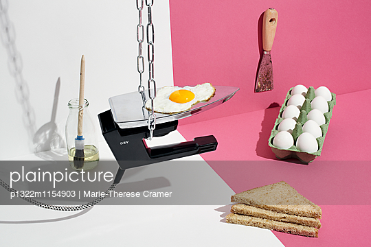 Werkstattküche - Spiegelei - p1322m1154903 von Marie-Therese Cramer