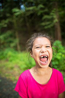 Photograph of screaming girl - p1166m2202049 by Christopher Kimmel / Alpine Edge Photography