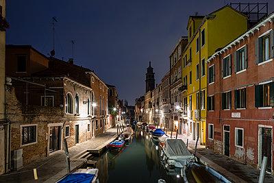 Venedig bei Nacht - p1558m2168345 von Luca Casonato