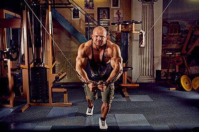 Bodybuilding - p1200m1159335 von Carsten Goerling