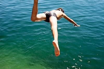 Head dive into the water - p1462m1515759 by Massimo Giovannini