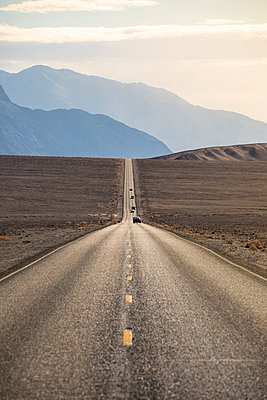 US 190 road, Death Valley National Park, California, USA - p651m2152389 by Stefano Termanini