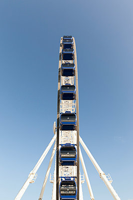 Germany, big wheel - p300m997409 by Rene Kampfer
