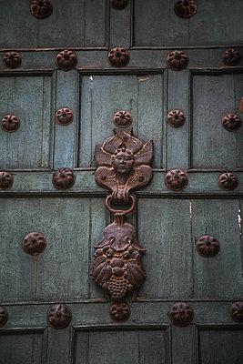 Doorknocker in Cusco - p1038m1563958 by BlueHouseProject