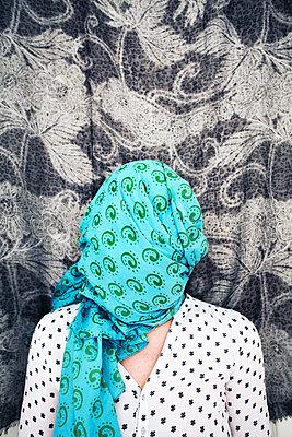 what do you hide? - p1494m1584274 von Inkje Drescher