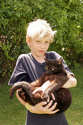 Katze quetschen - p1650413 von Andrea Schoenrock
