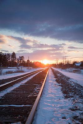 Eisenbahnlinie  - p718m1051295 von Arne Landwehr