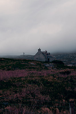 Old farmhouse on South Uist, Scotland - p470m2108842 by Ingrid Michel