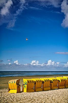 Beach in Cuxhaven - p227m2008253 by Uwe Nölke