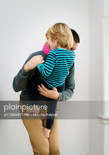 Familienbande - p1132m971786 von Mischa Keijser