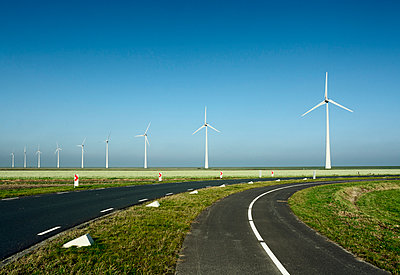 Energy Eemshaven - p1132m949264 by Mischa Keijser