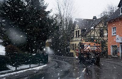 Winterdienst - p2684335 von Christof Mattes