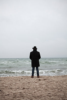 Man by the sea  - p454m2206197 by Lubitz + Dorner