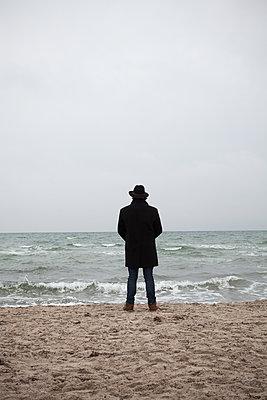 Man by the sea  - p454m2206197 by Lubitz + Dorner