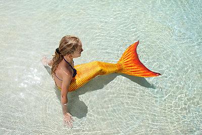 Meerjungfrau im Wasser - p045m925831 von Jasmin Sander