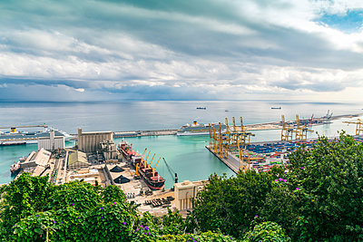 industrial commercial harbor in Barcelona - p1332m1488224 by Tamboly