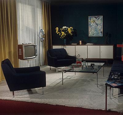 Stilvolles Wohnzimmer - p8990024 von Celluloids