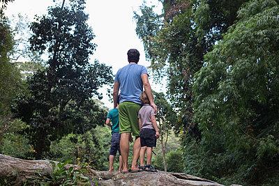 Thailand Familienurlaub - p1308m1539500 von felice douglas