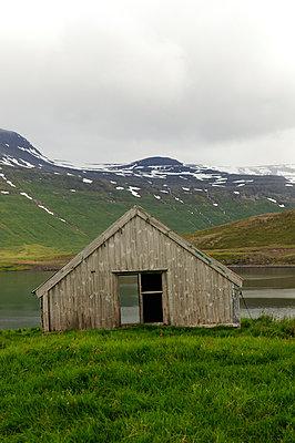 Wooden hut - p470m954746 by Ingrid Michel