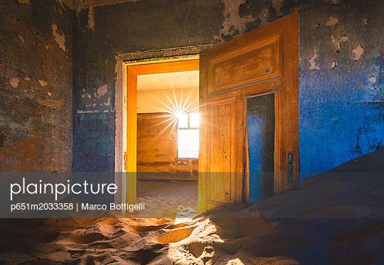 p651m2033358 von Marco Bottigelli