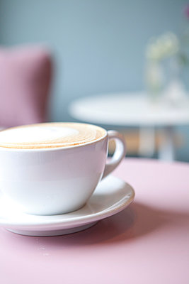 Coffee - p441m886100 by Maria Dorner