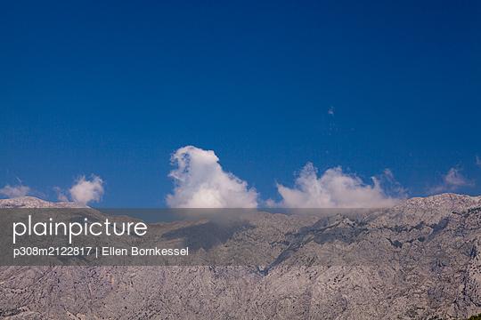 p308m2122817 by Ellen Bornkessel