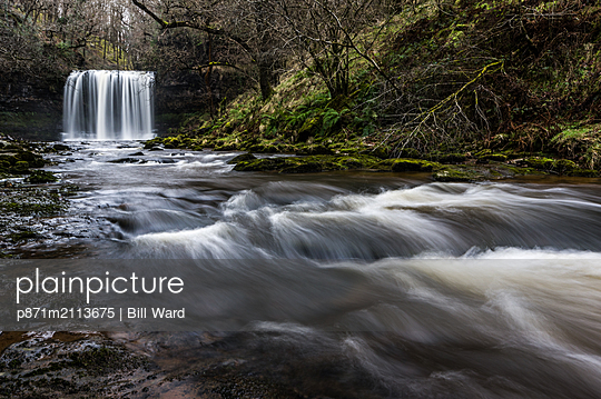Sgwd yr Eira waterfall, Pontneddfechan, Waterfall country, Brecon Beacons, Powys, Wales, United Kingdom - p871m2113675 by Bill Ward