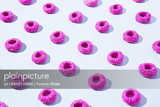 Cornflakes - p1149m2116589 by Yvonne Röder