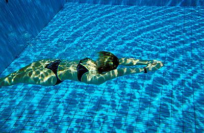 Durchs Wasser gleiten - p2200072 von Kai Jabs